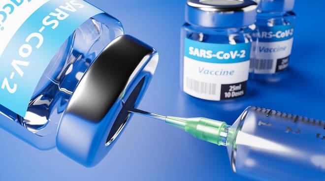 Vaccinazioni: gli accordi con farmacie, odontoiatri, pediatri e ambulatori specializzati